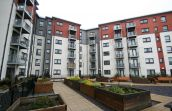 2/6 Lochend Park View, Edinburgh